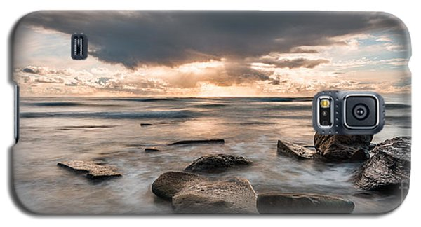Galaxy S5 Case featuring the photograph Cinematic Waves by Alexander Kunz