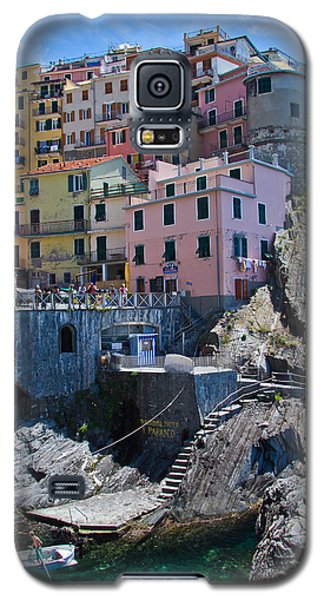 Cinque Terre Harbor And Town Galaxy S5 Case by Roger Mullenhour