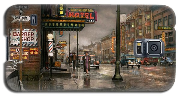 City - Amsterdam Ny -  Call 666 For Taxi 1941 Galaxy S5 Case by Mike Savad