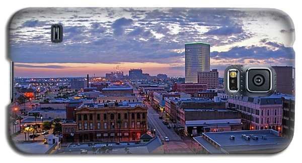 Galaxy S5 Case featuring the photograph City Dawn by John Collins