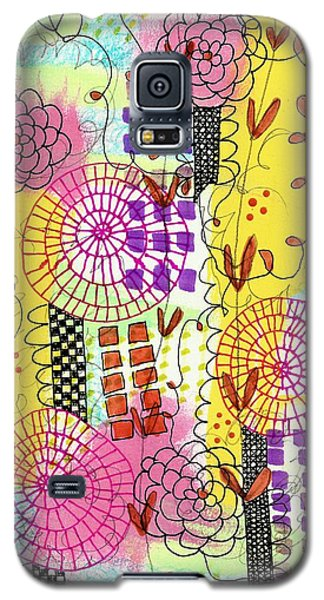 Galaxy S5 Case featuring the mixed media City Flower Garden by Lisa Noneman