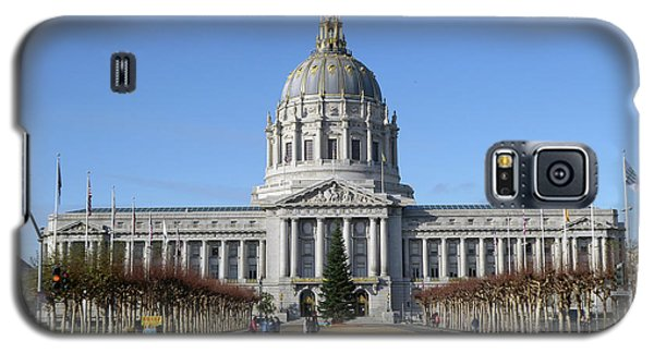 Galaxy S5 Case featuring the photograph City Hall by Steven Spak