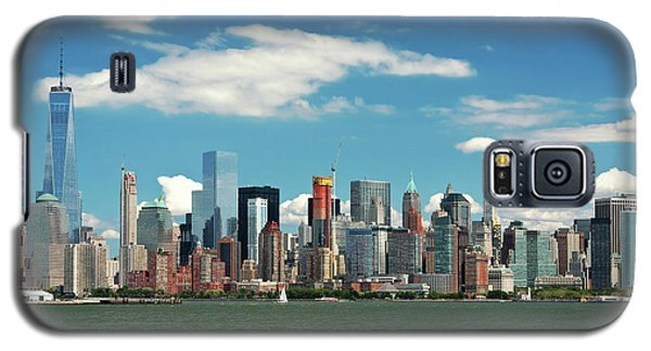 Galaxy S5 Case featuring the photograph City - New York Ny - The New York Skyline by Mike Savad