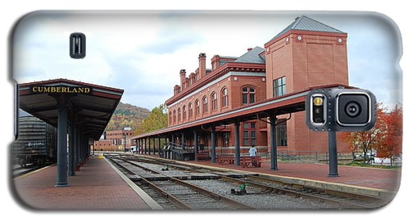 Galaxy S5 Case featuring the photograph City Station by Eric Liller