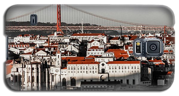 Lisbon In Black, White And Red Galaxy S5 Case