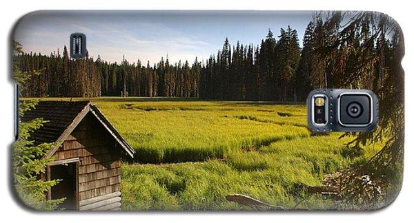 Clackamas Meadow Pump House- 2 Galaxy S5 Case