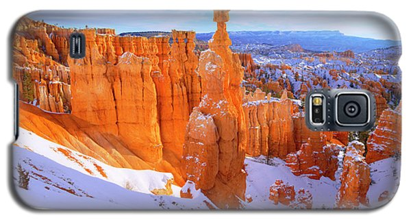 Galaxy S5 Case featuring the photograph Classic Bryce by Chad Dutson