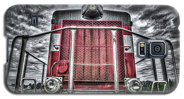 Galaxy S5 Case featuring the photograph Classic Locomotive by Spencer McDonald