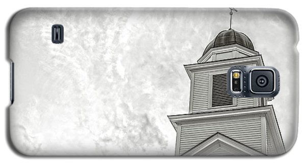 Galaxy S5 Case featuring the photograph Classic New England Church Etna New Hampshire by Edward Fielding