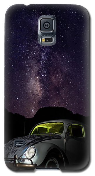 Classic Vw Bug Under The Milky Way Galaxy S5 Case