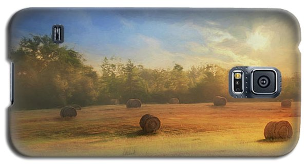 Galaxy S5 Case featuring the photograph Clayton Morning Mist by Lori Deiter