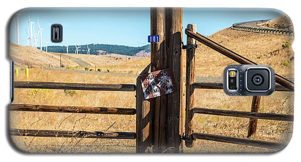 Clean Power And Old Ranch Gates Galaxy S5 Case