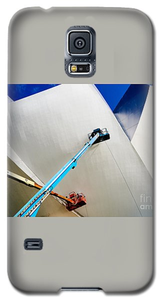 Galaxy S5 Case featuring the photograph Cleanliness by Dean Harte
