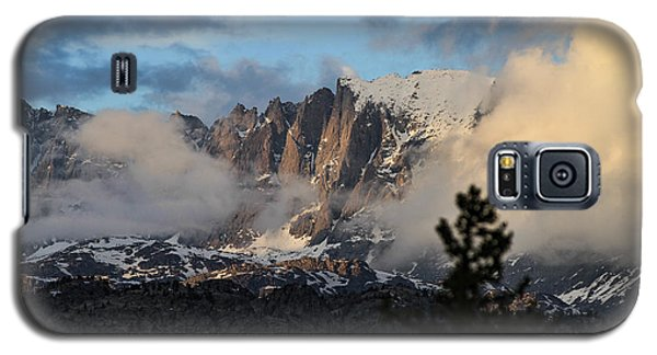 Galaxy S5 Case featuring the photograph Clearing Rain by Edward R Wisell