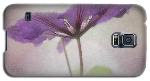 Galaxy S5 Case featuring the photograph Clematis Eyes by Jacqui Boonstra