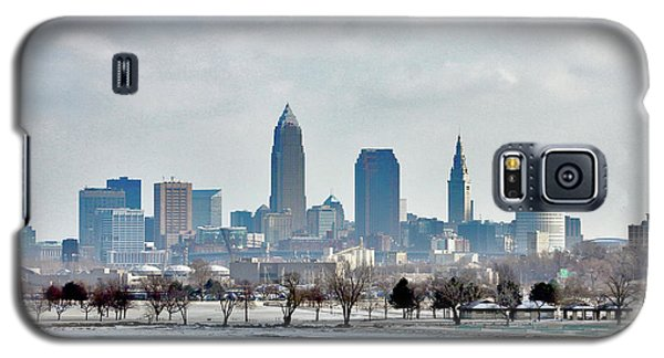 Galaxy S5 Case featuring the photograph Cleveland Skyline In Winter by Bruce Patrick Smith
