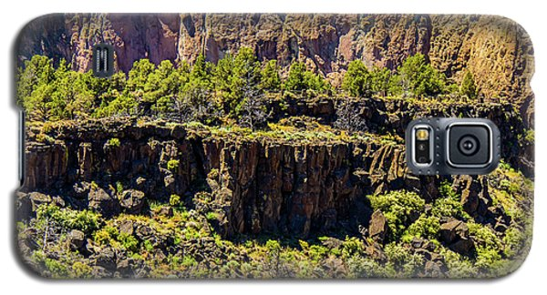 Galaxy S5 Case featuring the photograph Cliff Edge by Jonny D