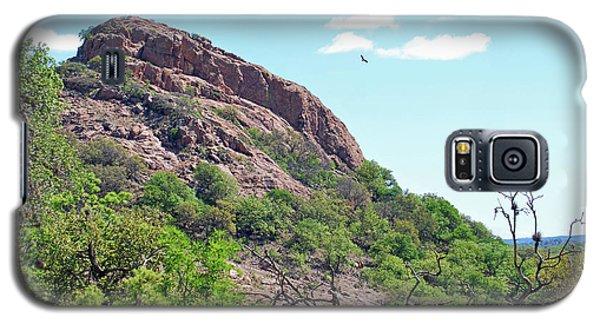 Galaxy S5 Case featuring the photograph Climbing Rock by Teresa Blanton