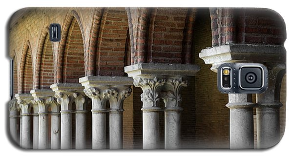 Galaxy S5 Case featuring the photograph Cloister, Couvent Des Jacobins by Elena Elisseeva