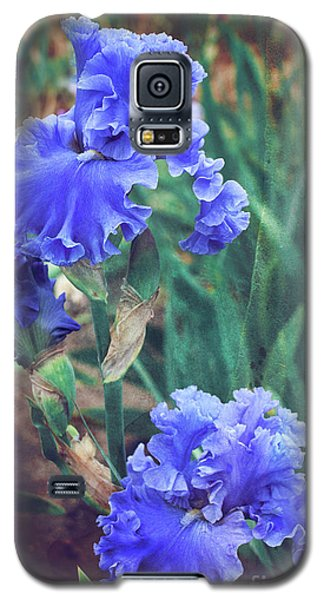 Galaxy S5 Case featuring the photograph Close To Heaven by Linda Lees