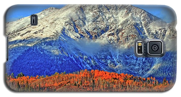 Galaxy S5 Case featuring the photograph Closing In On Fall by Scott Mahon