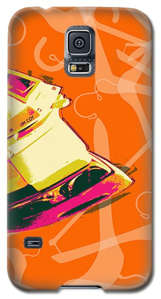 Galaxy S5 Case featuring the digital art Flat Iron  by Jean luc Comperat