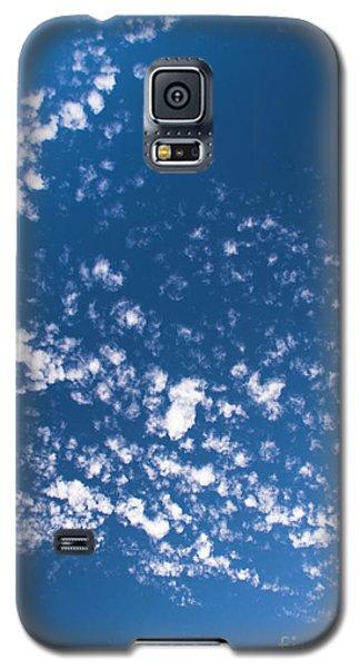 Galaxy S5 Case featuring the photograph Cloud Dragon by Yulia Kazansky