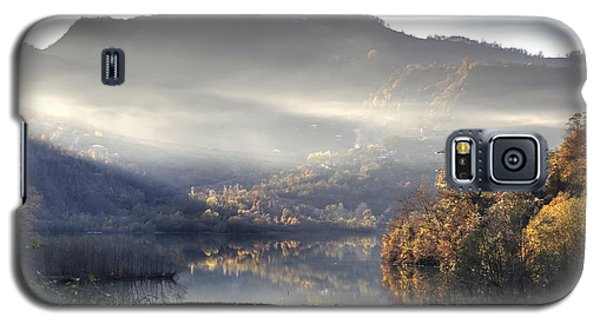 Mist In The Evening Galaxy S5 Case by Gouzel -