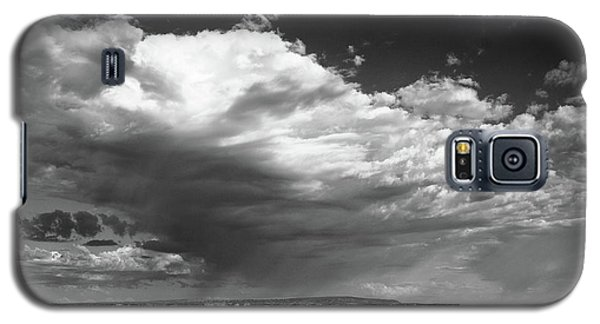 Clouds Along Indian Route 13 Galaxy S5 Case by Monte Stevens