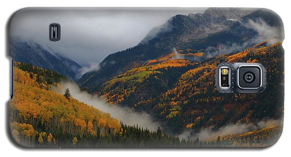 Galaxy S5 Case featuring the photograph Clouds And Fog Encompass Autumn At Mcclure Pass In Colorado by Jetson Nguyen