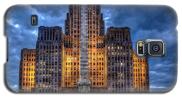 Galaxy S5 Case featuring the photograph Clouds Over City Hall by Don Nieman