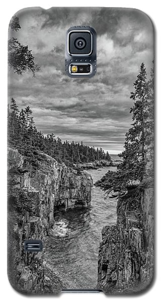 Clouds Over The Cliffs Galaxy S5 Case