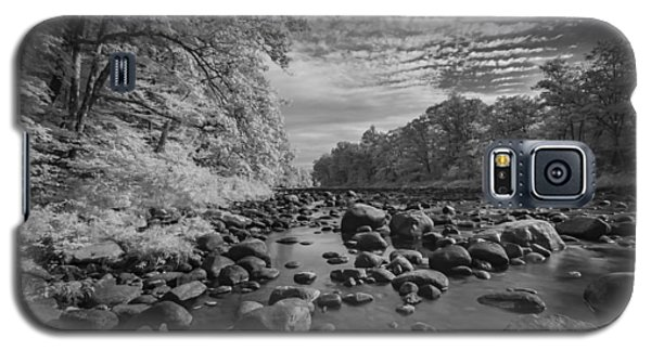 Clouds Over The River Rocks Galaxy S5 Case