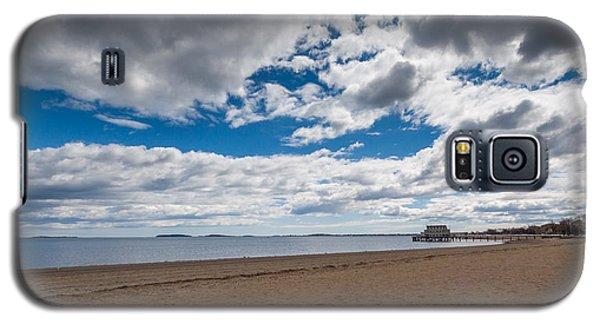 Cloudy Beach Day Galaxy S5 Case by Brian MacLean