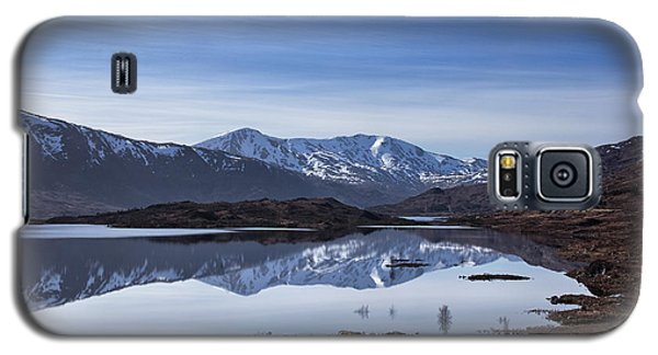 Galaxy S5 Case featuring the photograph Cluanie Dam by Jacqi Elmslie