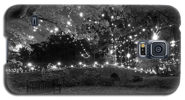 Cobblestone Bridge In December Galaxy S5 Case
