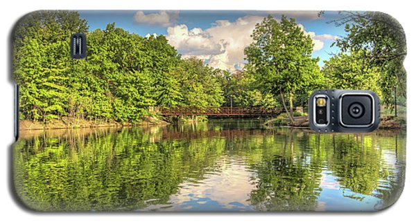 Galaxy S5 Case featuring the photograph Coe Lake by Brent Durken
