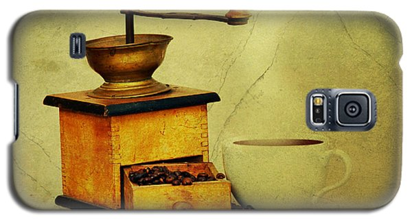 Coffee Mill And Cup Of Hot Black Coffee Galaxy S5 Case