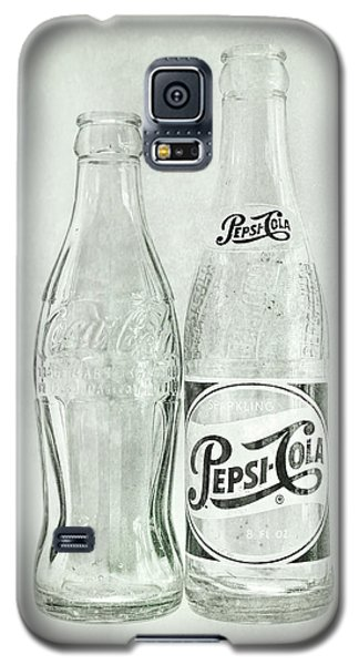 Coke Or Pepsi Black And White Galaxy S5 Case by Terry DeLuco