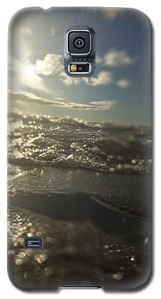 Galaxy S5 Case featuring the photograph Cold And Fresh by Paula Brown