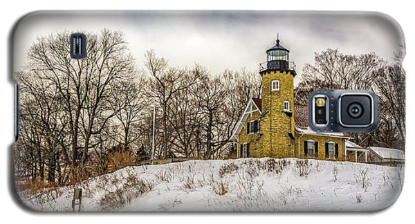 Galaxy S5 Case featuring the photograph Cold Day At White River Lighthouse by Nick Zelinsky