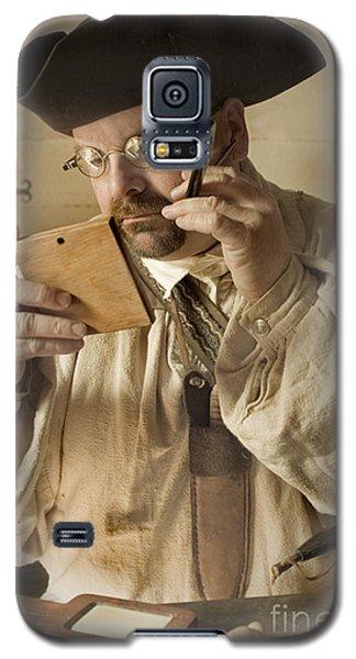 Colonial Man Shaving Galaxy S5 Case by Kim Henderson