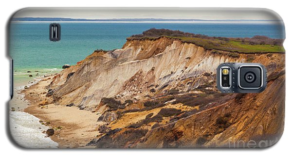 Galaxy S5 Case featuring the photograph Colorful Clay Cliffs On The Vineyard by Michelle Wiarda
