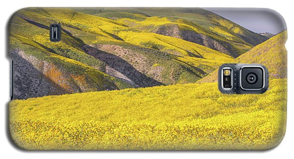 Galaxy S5 Case featuring the photograph Colorful Hill And Golden Field by Marc Crumpler