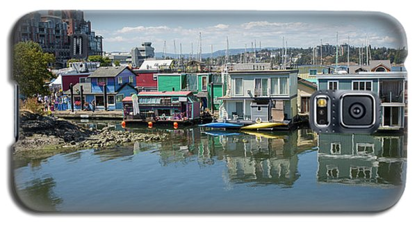 Galaxy S5 Case featuring the photograph Colorful Houseboats In Victoria, Canada by Patricia Hofmeester