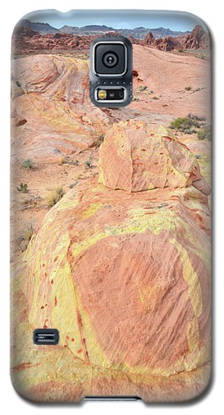 Galaxy S5 Case featuring the photograph Colorful Sandstone In North Valley Of Fire by Ray Mathis