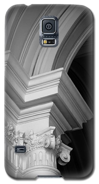 Columns At Hermitage Galaxy S5 Case