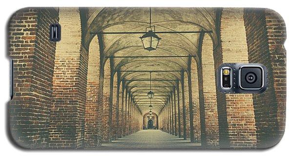 Columns In Sabbionetta, Italy Galaxy S5 Case
