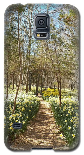 Come Walk Among The Daffodils Galaxy S5 Case