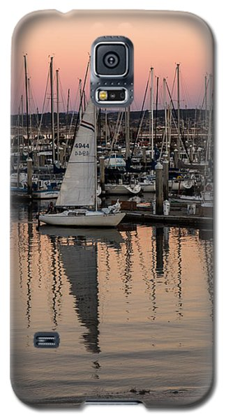 Coming Into The Harbor Galaxy S5 Case